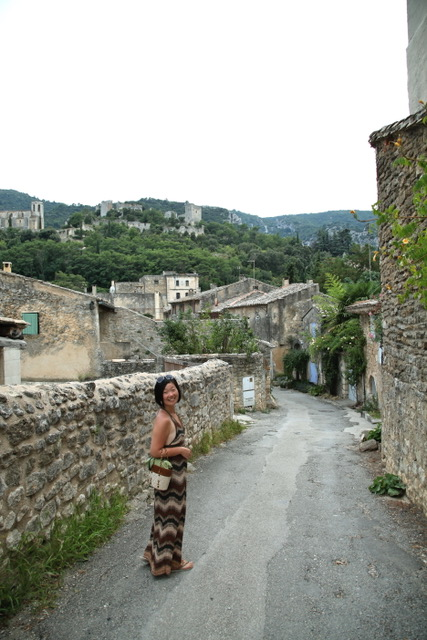 Our Expert Fashion Buyer YUKIKO in Provence